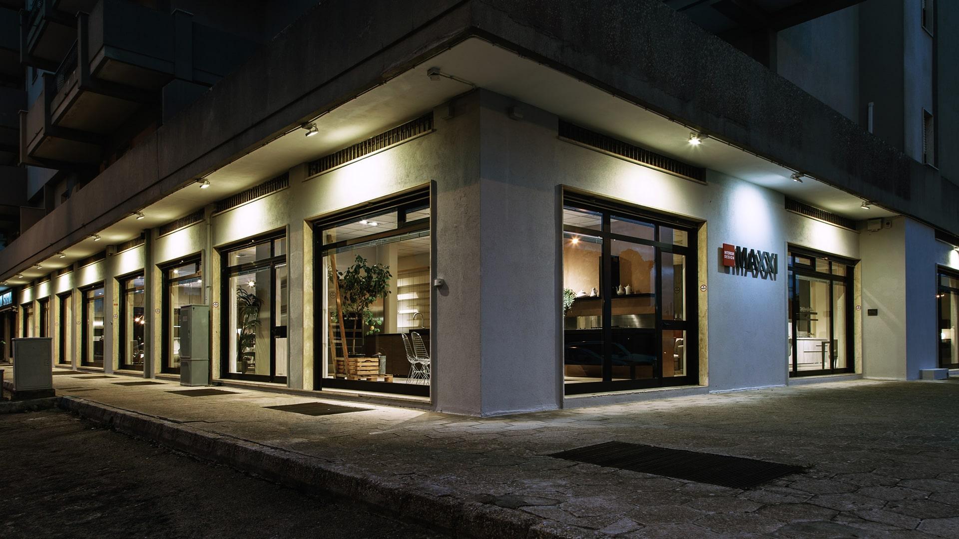 showroom-maxxi-progettazione-arredamento-interni-interior-design-lecce-brindisi-taranto-salento